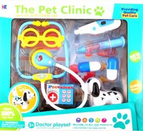 Чичо доктор с болно куче